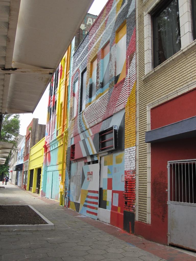 Downtown - Street Art - The City Dweller (9)