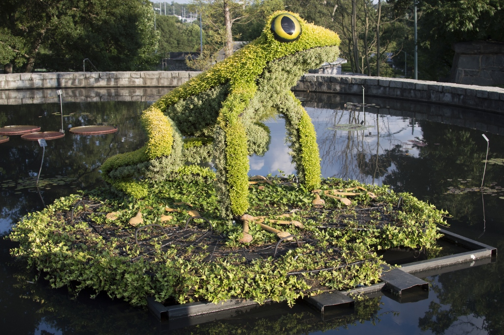 Imaginary World - Atlanta Botanical Gardens - The City Dweller (2)