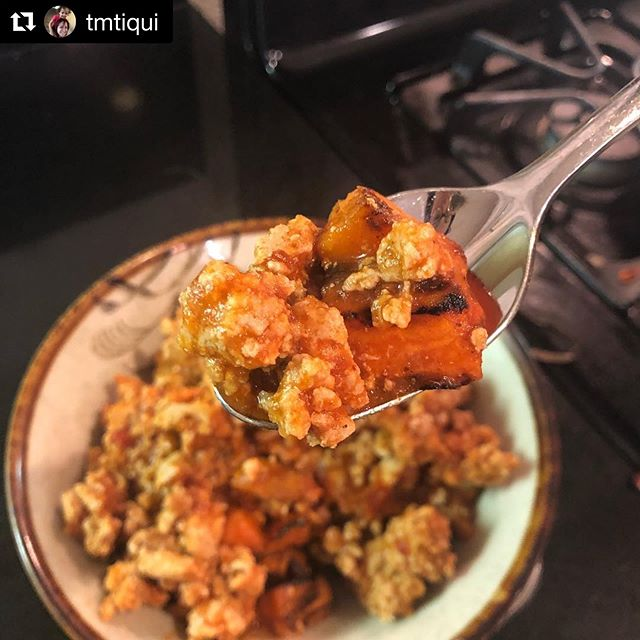 """#Repost @tmtiqui with @get_repost ・・・ """"Fail to plan, plan to fail""""  Last week I ran out of my meal prep (ok the gym sold out of @heroreloads) and I had nothing prepped. Knowing that I didn't have a ton of time to meal prep for the week but didn't want to be grabbing junk from a drive through all week either, so I used my @instacart to get some ground turkey, rotisserie chicken, frozen sweet potatoes and salad mixes from Costco and boom I'm set for the week with healthy, easy, tasty meals and I spent less than 30 minutes getting ready for my week."""