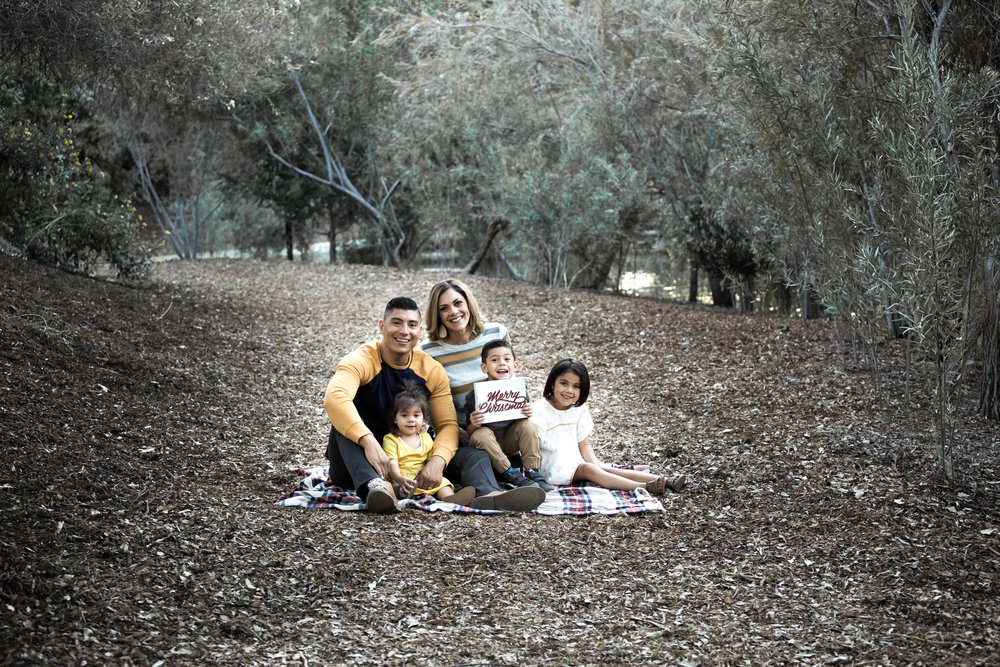 FAMILY PHOTOS FOR CHRISTMAS CARDS AS GIFTS BY ALL GRACED UP BLOG.jpg