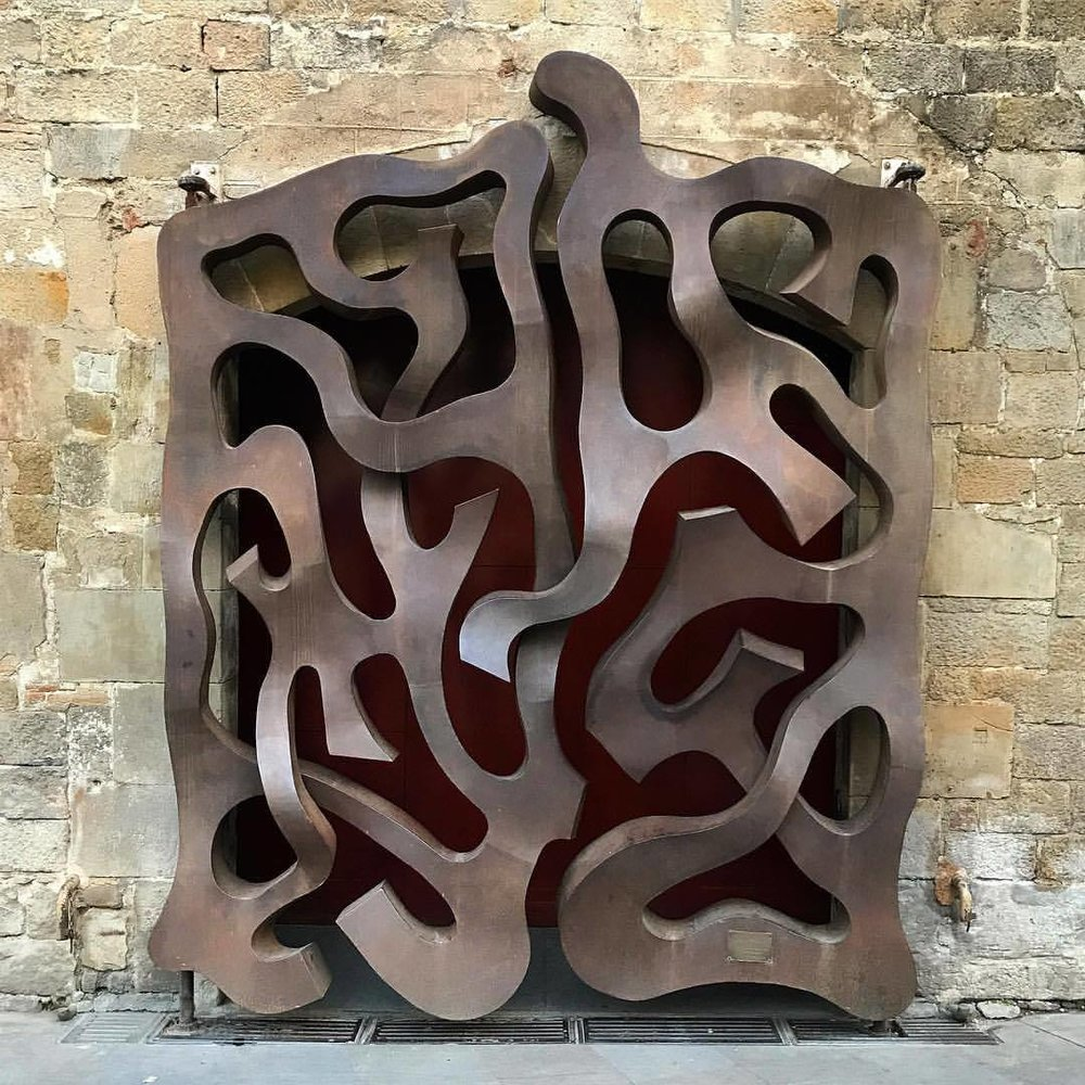 Door.  -  #spain #barcelona #design #metalwork  (at Barcelona Cathedral)