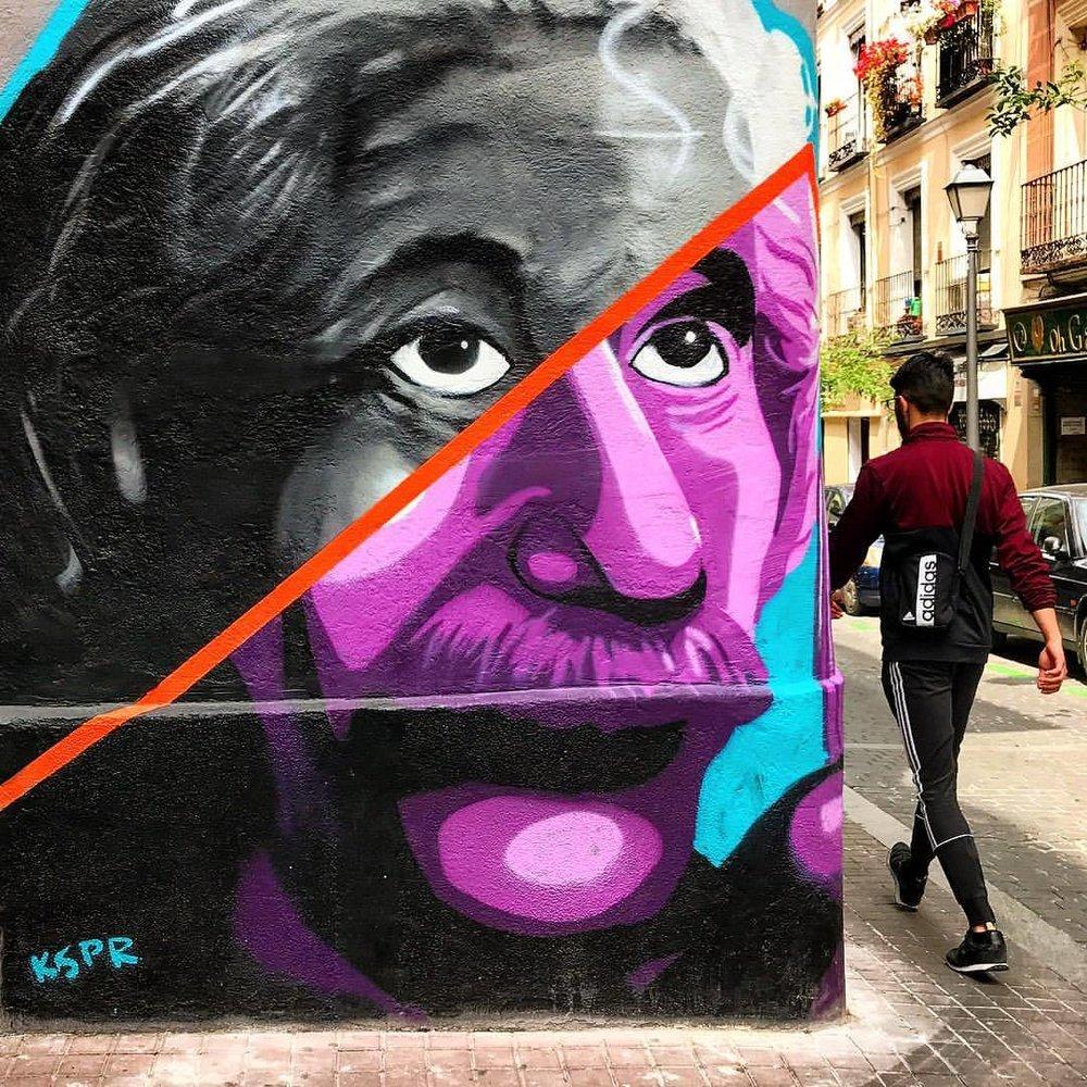 Art in daily life.  -  #spain #madrid #streetart #graffiti #iamatraveler  (at Madrid, Spain)