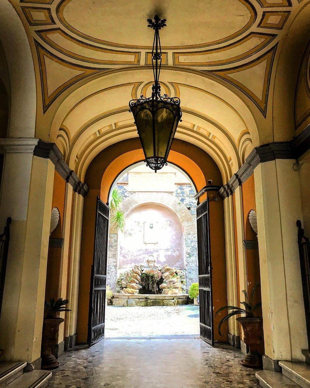 Foyer.  -  #italy #frascati #tuscany #architecture #doorway (at Frascati, Italy)