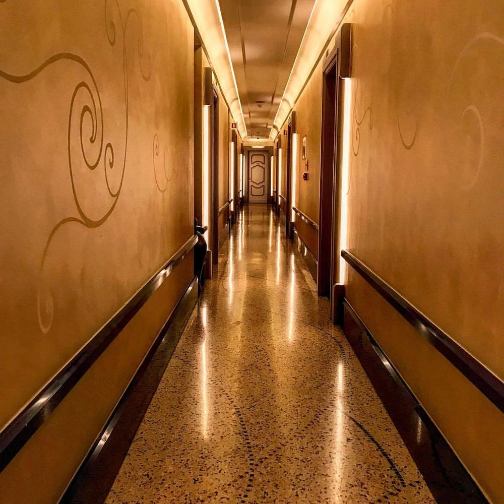 """I don't go to sleep to dream.""  Fiona Apple  -  #italy #hallway #design #fionaapple  (at Milan, Italy)"