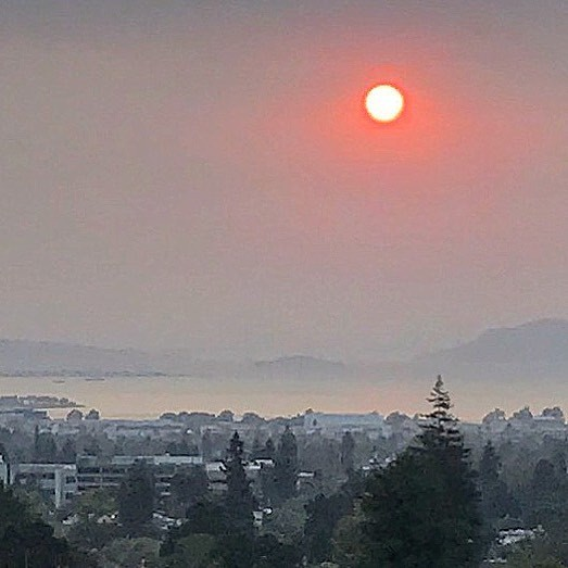 Sunset over San Francisco Bay.  #california #wildfire #ourbelovedhome #climatescienceisreal  (at Berkeley, California)
