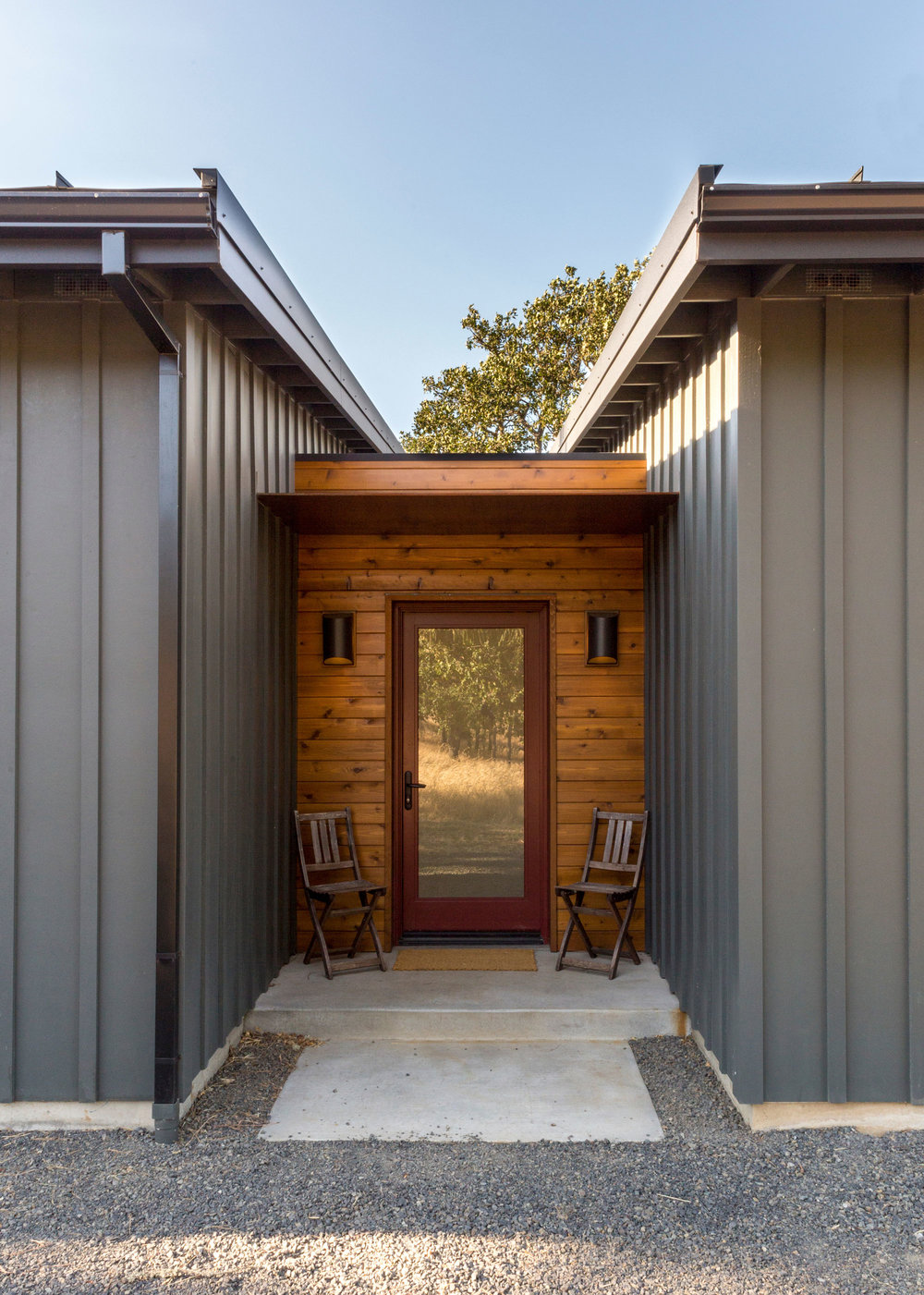 This house had to be resilient. The selected materials work with everything that life throws at it with minimal maintenance. -