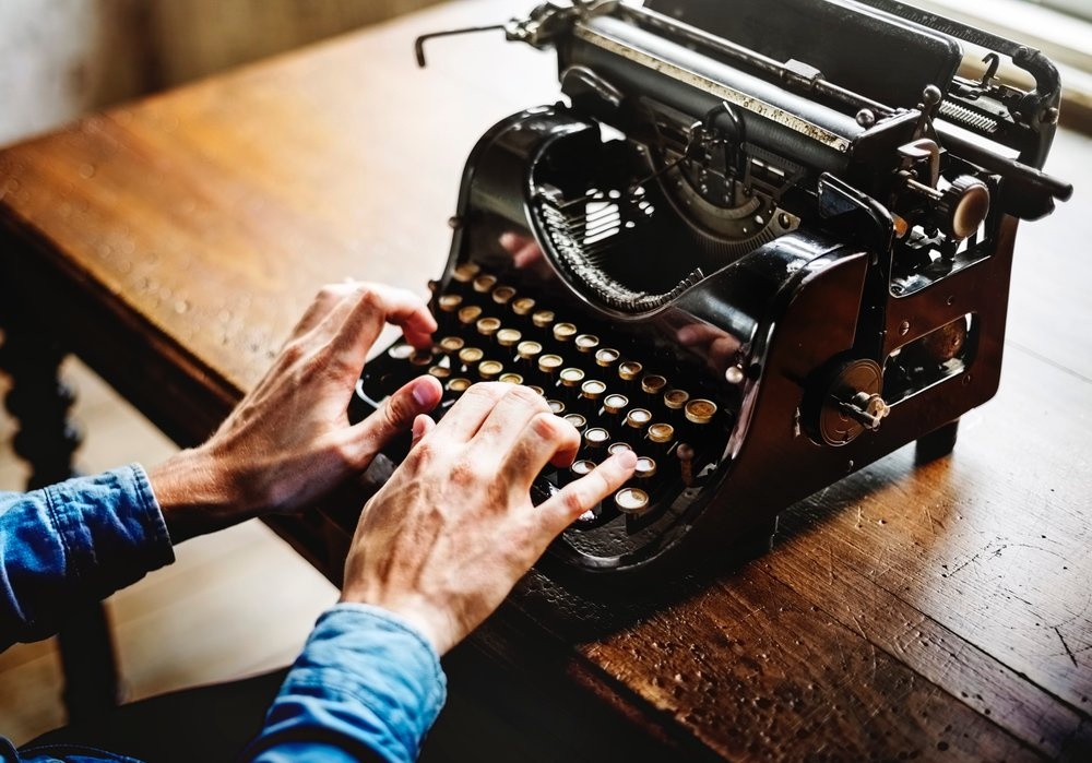 CONTENT WRITING & CREATION