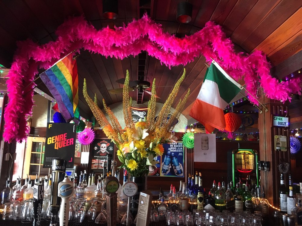 gay_bar_last call bar_the_sitch.jpg