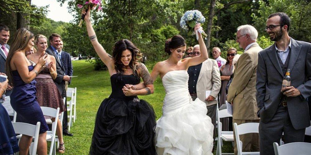gay_wedding_the_sitch.jpg