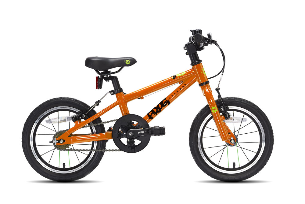 Frog 43 - The first pedal 43 is best suited to children between 3-4 years old with a minimum inside leg of 43cm. This bike is a great confidence booster and can be used as a balance bike for taller child by removing the pedals
