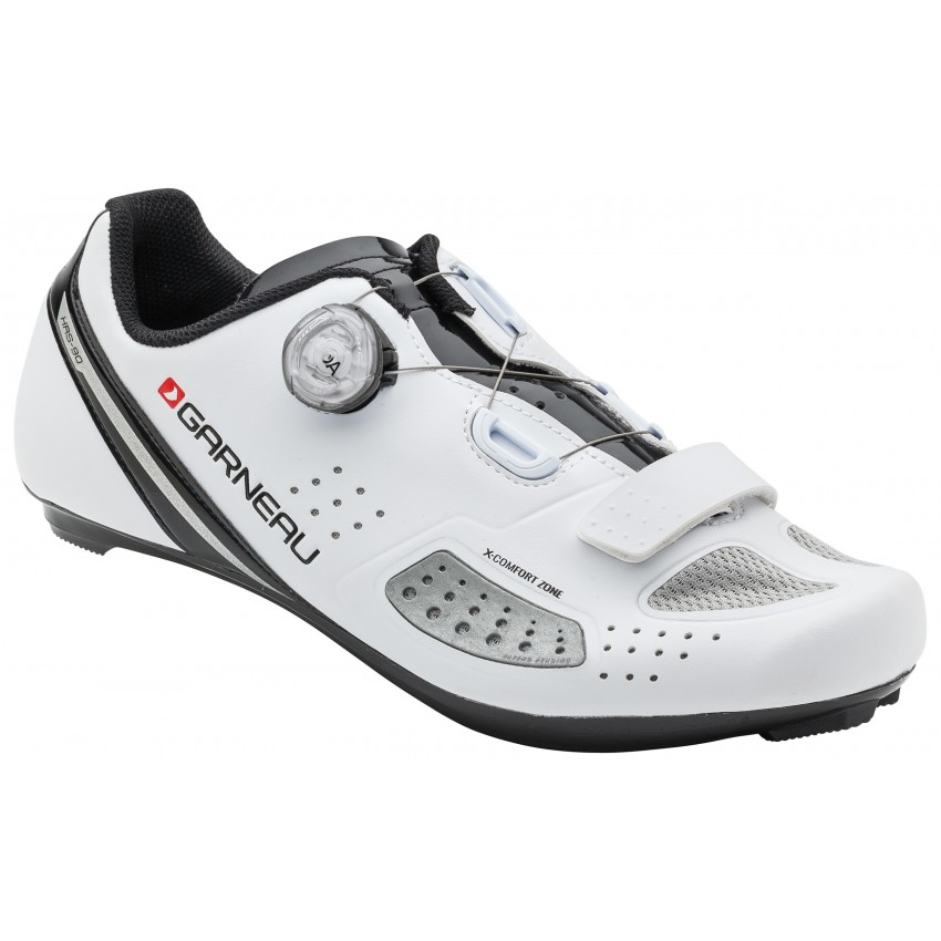 Platinum II - Garneau won the prestigious Eurobike award for the X-Comfort Zone technology featured in this shoe. This patented and innovative design allows the shoe to stretch to accommodate B to D+ foot widths thanks to a ventilated elastomer-spandex insert.