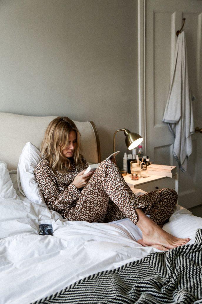 Lucy-Williams-Fashion-Me-Now-February-Book-Club-3-687x1031.jpg