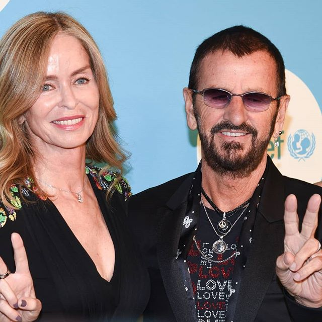 Ringo, Sheryl Crow, Tea Leoni and more at the UNICEF Snowflake Gala 2018 Read all about it here: https://patch.com/new-york/new-york-city/ringo-starr-tea-leoni-attend-2018-unicef-snowflake-ball-photos #ringostarr #thebeatles #tealeoni  #sherylcrow #unicef #unicefsnowflakeball