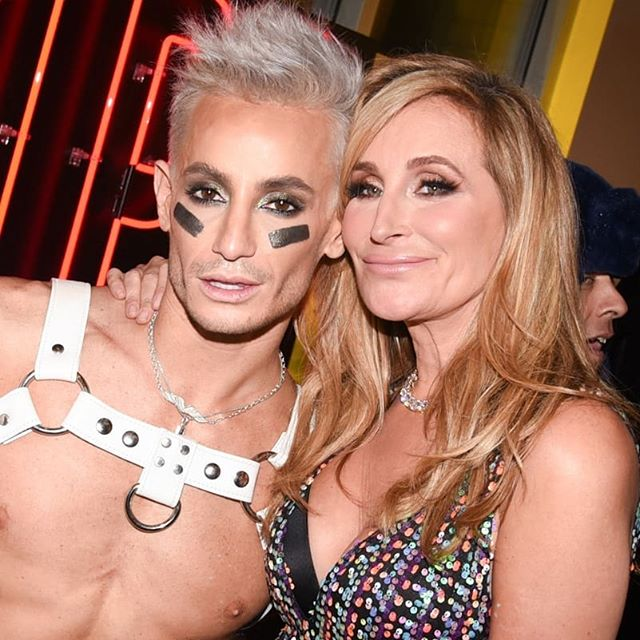 Susanne Bartsch and David Barton Toy Drive party with Frankie Grande, Amanda Lepore, Sonja Morgan, Marc Jacobs and more Read all about it: https://patch.com/new-york/new-york-city/susanne-bartsch-david-barton-host-annual-toy-drive-see-photos #toydrive #tmplgym #frankiegrande #susannebartsch #marcjacobs #amandalepore #davidbarton #sonjamorgan