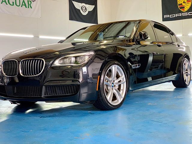 BMW 750 Li ready for pick up  #masterpiece #autoappearance #autodetailing #mobiledetailing #arlingtontx #fortworthtx #dallastx #paintcorrection #paintprotection #ceramiccoating #feynlab #idacertified #getbooked #getprotected #cardetailing #bmw #bmw7series #750li #carcrazy #detailingworld #detailingaddicts #MAA