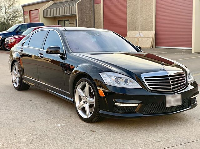 We gotta admit detailing is pretty self gratifying, client jokingly thought we re-painted this car, we turned this 2011 S 63 back to showroom condition after a paint enhancement, what a beautiful automobile! Masterpiece Auto Appearance does it again, gotta appreciate those happy clients 🤝 #masterpiece #autoappearance #autodetailing #mobiledetailing #arlingtontx #fortworthtx #dallastx #paintcorrection #paintprotection #ceramiccoating #feynlab #rupes #sonax #idacertified #cardetailing #mercedezbenz #amgperformance #s63amg #theartofdetailing #detailingaddicts #detailingworld #nofilter #iphonexs #glossboss #MAA
