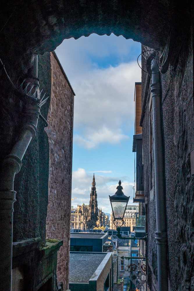 "A ""Close"" or alley along the Royal Mile"