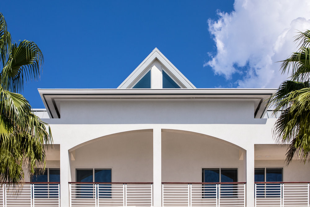 Bronte-Cayman-Island-Seaview_004.jpg