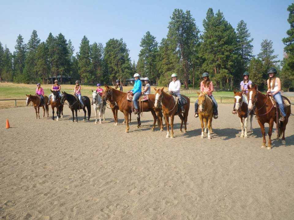 trail-ride-group-2.jpg