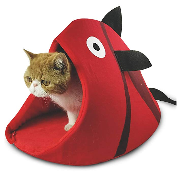 Red Fish Cat Den
