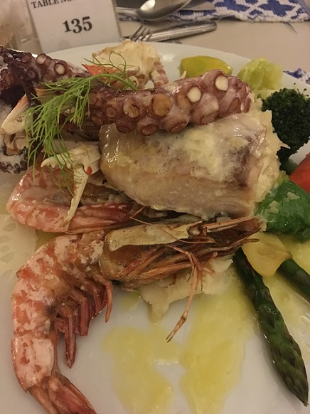 maldives-seafood-dinner.jpg
