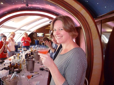 cocktail class on cruise