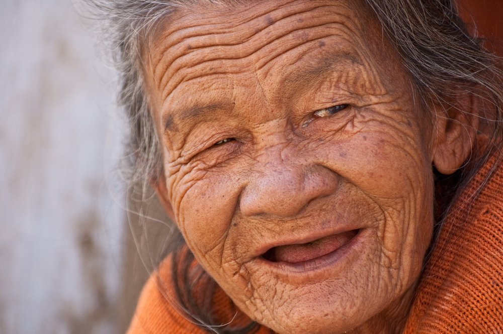 old-lady-smile-beautiful-woman.jpg