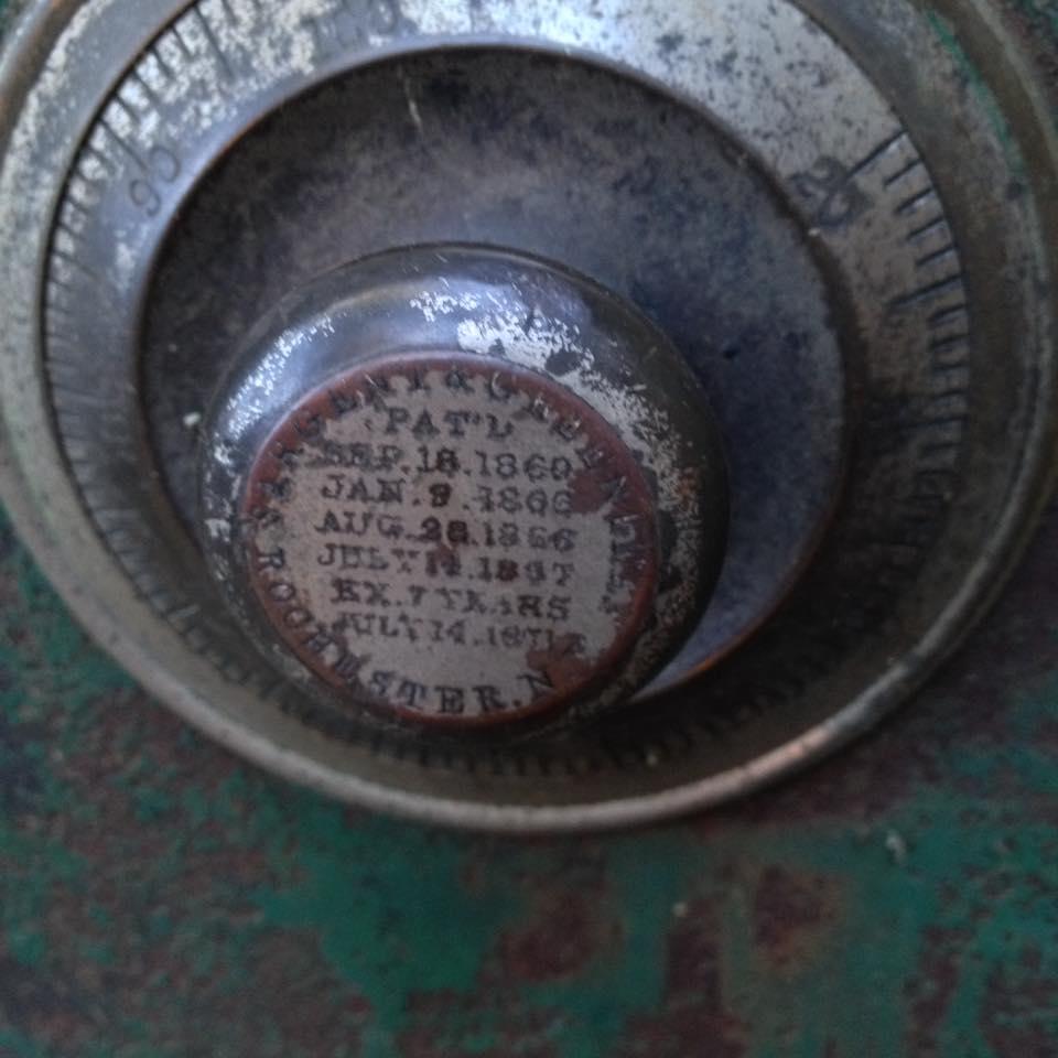 safe dial.jpg