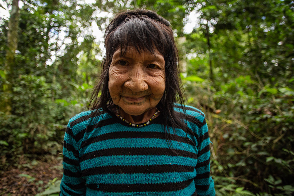 Ana Bunu, one of around 5 ceramic makers in the whole Matsés territory (Peruvian side).