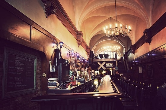 grand trunk pub.jpg