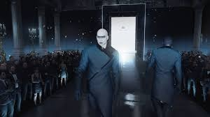 If you wanted to, you could dress up as a famous model and walk down a runway in Hitman.
