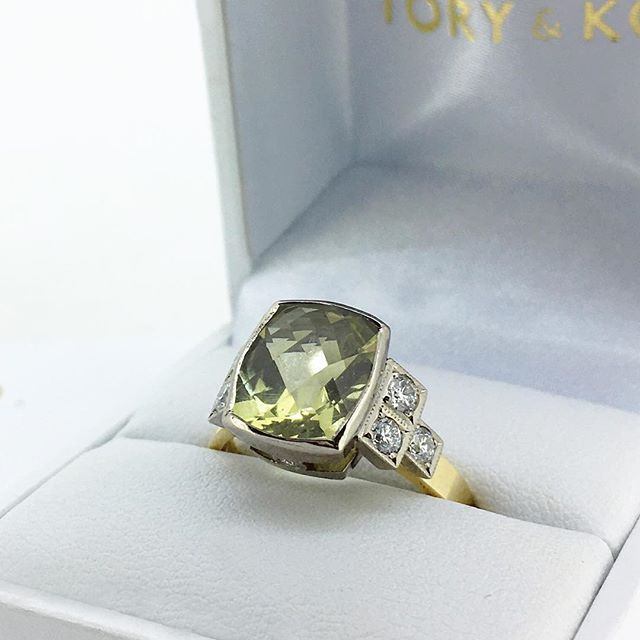 Our bespoke Lime Quartz Ring. Featuring a sparkling checkerboard cut Lime Quartz with Diamond square accent shoulders. Available at a special price as part of our showcase collection. See our bio for the full showcase ❤️❤️