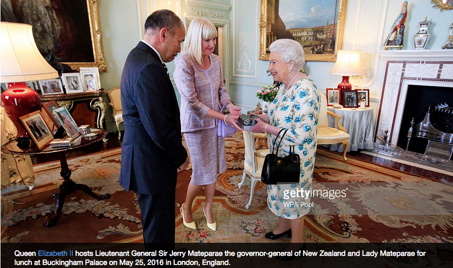 His Excellency Sir Jerry Mateparae and Lady Janine Mataparae presenting Her Majesty Queen Elizabeth II with the Bespoke brooch.