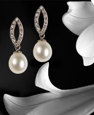 Pearl and Diamond jewellery.jpg