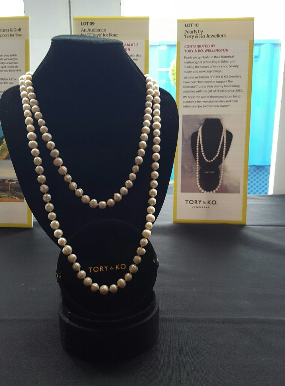 2017 Pearl Necklace at Golf Tournament Auction