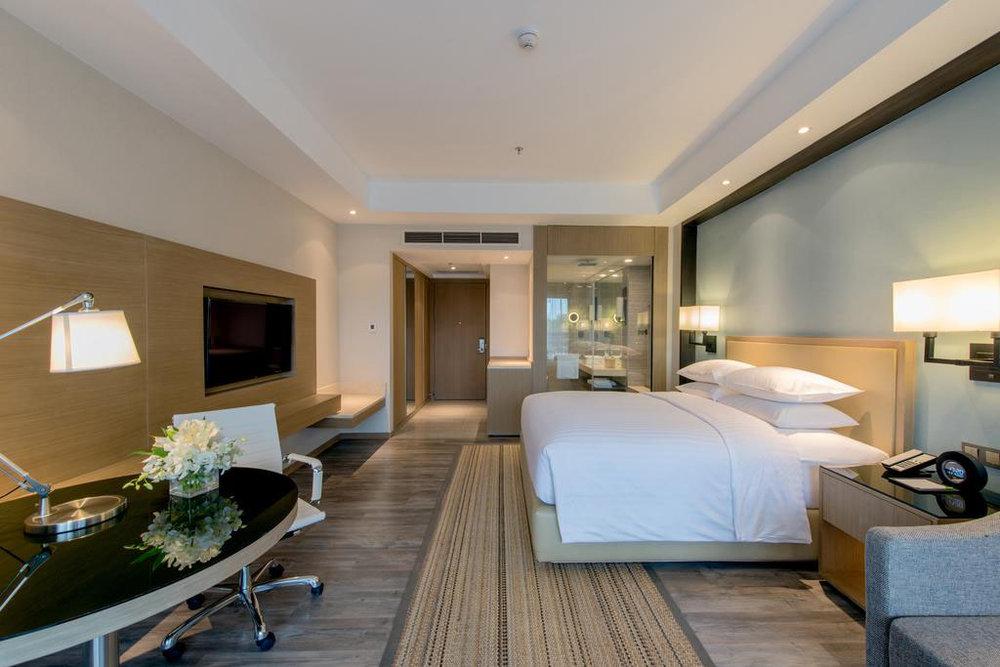 Marriott Siem Reap - 对于连锁酒店来说,使⽤NEC⼿机真的⼗分⽅便。 Marriott酒店很⾼兴将这项技术⽤于酒店运营中。LM技 术让酒店的运营操作更简单⽅便。