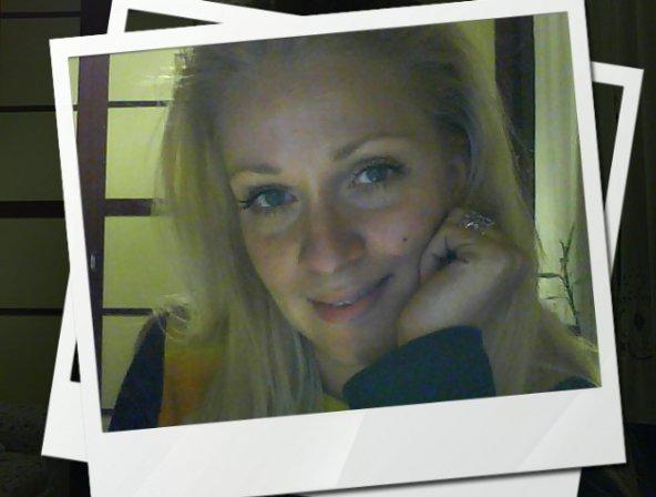 For more information about Eleni Mandani, visit her  website