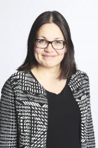 Ronja Iso-Heiko - Kirjoittaja, Ronja Iso-Heiko , on kahden lapsen äiti, MiB-aktiivi, piilo-osaajat-aktiivi, tuore teologian maisterisnainen , hauturi ja innokas sisällöntuottaja . Parasta tällä hetkellä: työmatkapyöräily.