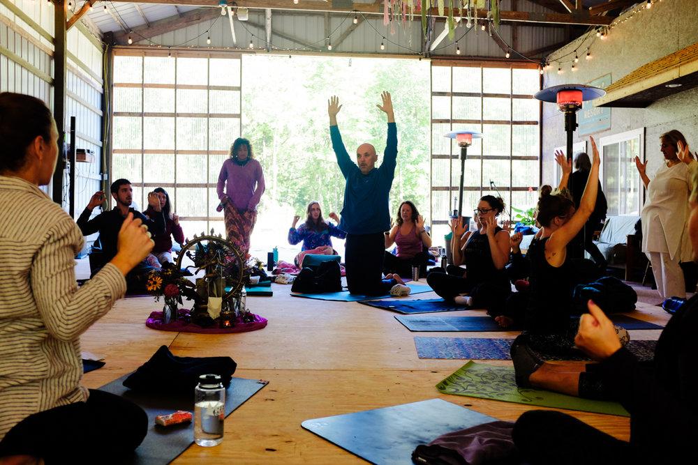 Asana_Seekers_Havest_Moon_Yoga_Day3-20.jpg