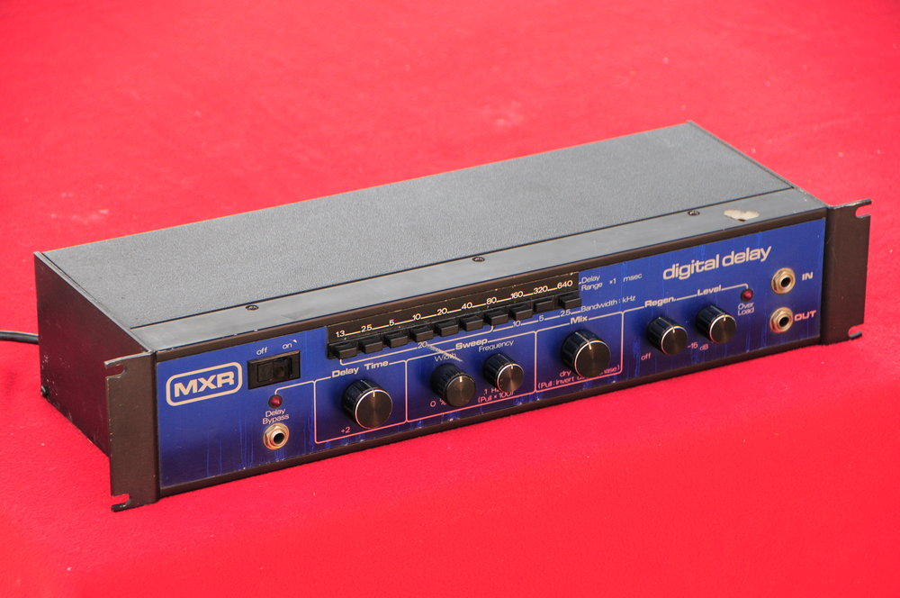 MXR M-113 Digital Delay (1).JPG