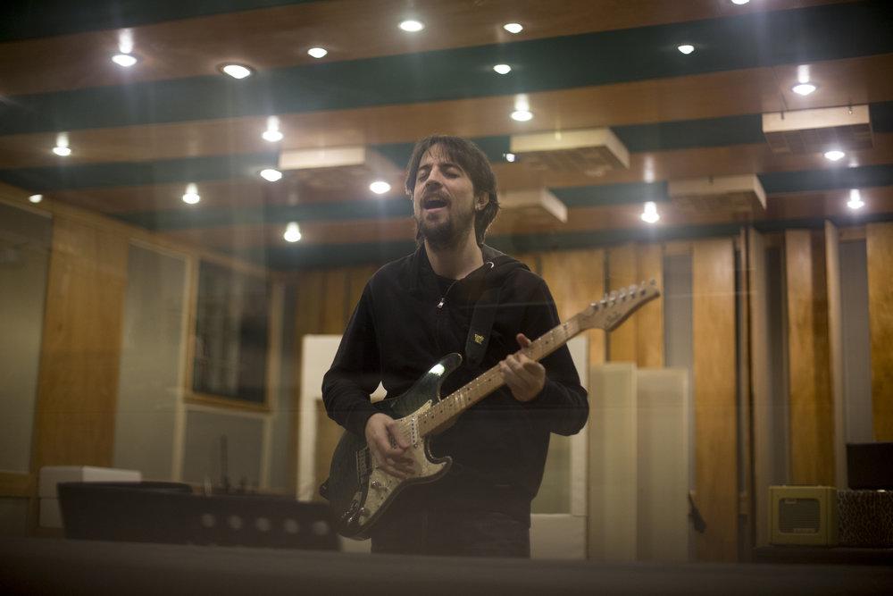 Paul guitar 1.jpg