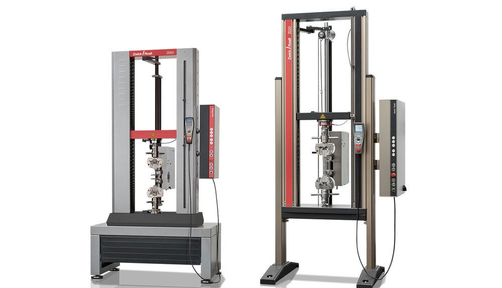 Materialprovnings-utrustning - Vi erbjuder flera olika typer av materialprovningsutrustning. Våra statiska och dynamiska materialprovningsmaskiner kommer från världsledaren inom materialprovning ZwickRoell GmbH. De har utformats särskilt för drag-, tryck-, utmattning-, böjning-, riv-, skjuv-, vridprovning och liknade tester, vilket gör dem idealiska för de mest rigorösa material och komponenter med krav på provning.