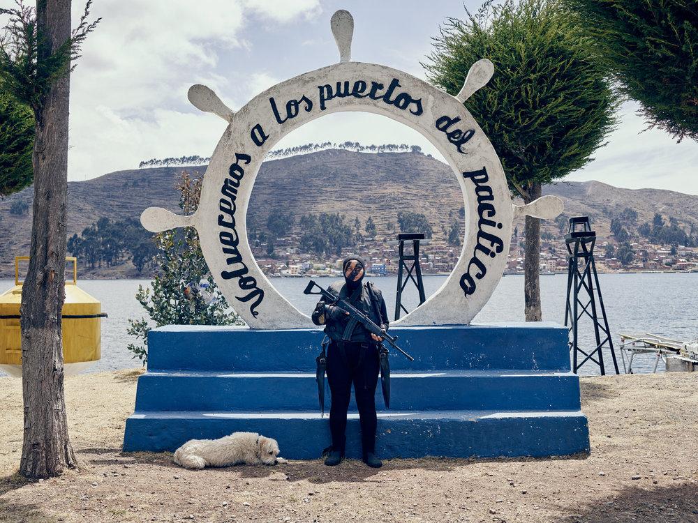 TiquinaNavy_Bolivia_NickBallon_17.jpg