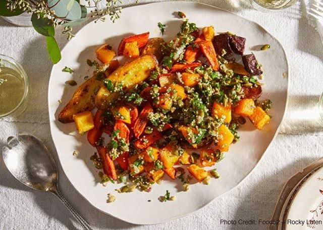【Roasted Vegetables with Bright & Crunchy Herbed Topping】 ・ This seasonal vegetable dish was developed in partnership with Food52. The recipe uses a fresh, crunchy umami topping to make roasted vegetables lighter and brighter, with more pronounced flavor. By adding just a little MSG to the topping, the natural flavor of each ingredient is more distinct and works to create a perfectly balanced result. The key is using one part MSG to two parts salt, which reduces the overall sodium in the dish while adding synergy and savor. Developed by @food52 *********************** 【Ingredients (4 servings)】 Root vegetables for roasting (such as carrots, parsnips, potatoes, beets, squash), scrubbed ½ teaspoon salt ¼ teaspoon pepper 2 tablespoons extra-virgin olive oil, plus more as needed 2 tablespoons finely chopped shallot (about 1/2 shallot) 2 tablespoons lemon zest (from about 1 lemon) ¼ teaspoon MSG ¼ cup pepitas 2 tablespoons red quinoa (or millet or sesame seeds) ½ cup finely chopped parsley *********************** ・ 【Directions】 1. Preheat the oven to 425° F and prepare the vegetables for roasting. Depending on the vegetable, cut them as you wish: For small carrots, perhaps leave them whole; for squash, cut down into bite-size pieces. 2. Toss the vegetables with the salt, pepper, and enough olive oil to coat. Spread out on a baking sheet and roast until fork-tender, about 20 to 60 minutes, depending on the vegetable. (If you're roasting red beets, roast them on their own section of the pan or on a separate pan as they will bleed into their neighbors.) 3. Meanwhile, stir together the shallot, lemon zest, and MSG, which will allow the shallot to lightly pickle. While the shallots are sitting, toast the pepitas in a dry pan, then add to the shallots. Toast the quinoa in the same dry pan until they start to pop, then stir into the shallots, as well. Add the parsley, followed by 1/2 teaspoon olive oil, and stir to combine. Season to taste with the MSG, olive oil, pepper, and l