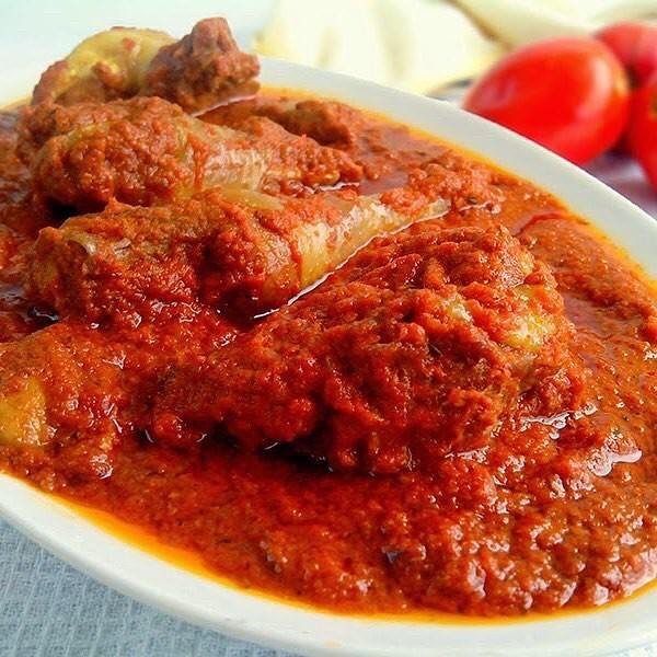 "【Tomato stew】 ・ Tomato Stew is a soup made with tomatoes as the primary ingredient. *********************** 【Ingredients (4 servings)】 6 large fresh tomatoes 1 small size canned/tinned tomato paste/puree(optional) 2 large onions 1 large red bell pepper/tatashe 2 scotch bonnet peppers/atarodo 1 tbsp curry powder 1/2 tbsp dry thyme Seasoning cubes Salt to taste ""AJI-NO-MOTO®"" 1/2 to 1 cup vegetable oil Meat stock ・ ◆For Beef 10 beef pieces 1 small onion, sliced 2 garlic cloves 2 seasoning cubes 1 tbsp curry 1 tsp dry thyme Salt to taste ""AJI-NO-MOTO®"" *********************** ・ 【Directions】 1. Wash, chop and blend with a little water the tomatoes, bell pepper, scotch bonnet peppers, garlic, ginger and 2 onions. 2. Pour the blended tomato mixure into a medium pot; cook and reduce mixture by 2/3. ・ For more details visit our website ・ #umamirecipes #umami #recipes #foodrecipes #cook #foodcooking #foodies #foodstagram #foodporn #ajinomoto #food52grams #cookingram #deliciousness #beef #tomato #vegetable #stew #soup"