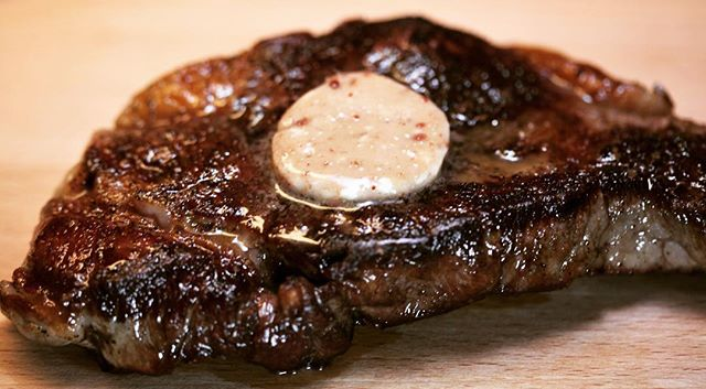 【Steak and anchovy butter】 ・ *********************** 【Ingredients (Anchovy butter serving 6-8 steaks) )】 8 Tablespoons softened unsalted butter 2 oz. can anchovies, drained and finely minced Dry-aged steak (rib, T-bone, porterhouse, strip, etc.) Salt Coarsely ground black pepper Olive oil ・ *********************** ・ 【Directions】 1.Mix butter and anchovies together to make a smooth paste. 2.Roll the butter in a sheet of parchment to make a 1 ½-inch diameter log. 3.Refrigerate until needed. 4.Season the steak with salt and pepper. 5.In a hot sauté pan over high heat, add oil and then the steak.Sauté the steak on both sides until desired doneness.(The steak can also be grilled.) 6.Remove the steak and let it rest for a few minutes. 7.Slice 1-2 ¼-inch pieces of anchovy butter.Remove the parchment on the outside and place the slice(s) on top of the hot steak so that it melts on the hot surface. 8.Serve. #umamirecipes #umami #recipes #foodrecipes #cook #foodcooking #foodies #foodstagram #foodporn #ajinomoto #food52grams #cookingram #beef #steak #butter #anchovy #deliciousness