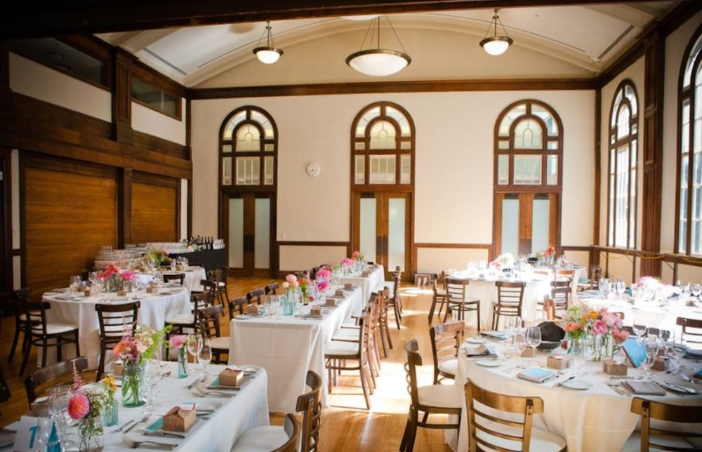 Currie-Hall-3-1024x659.jpg