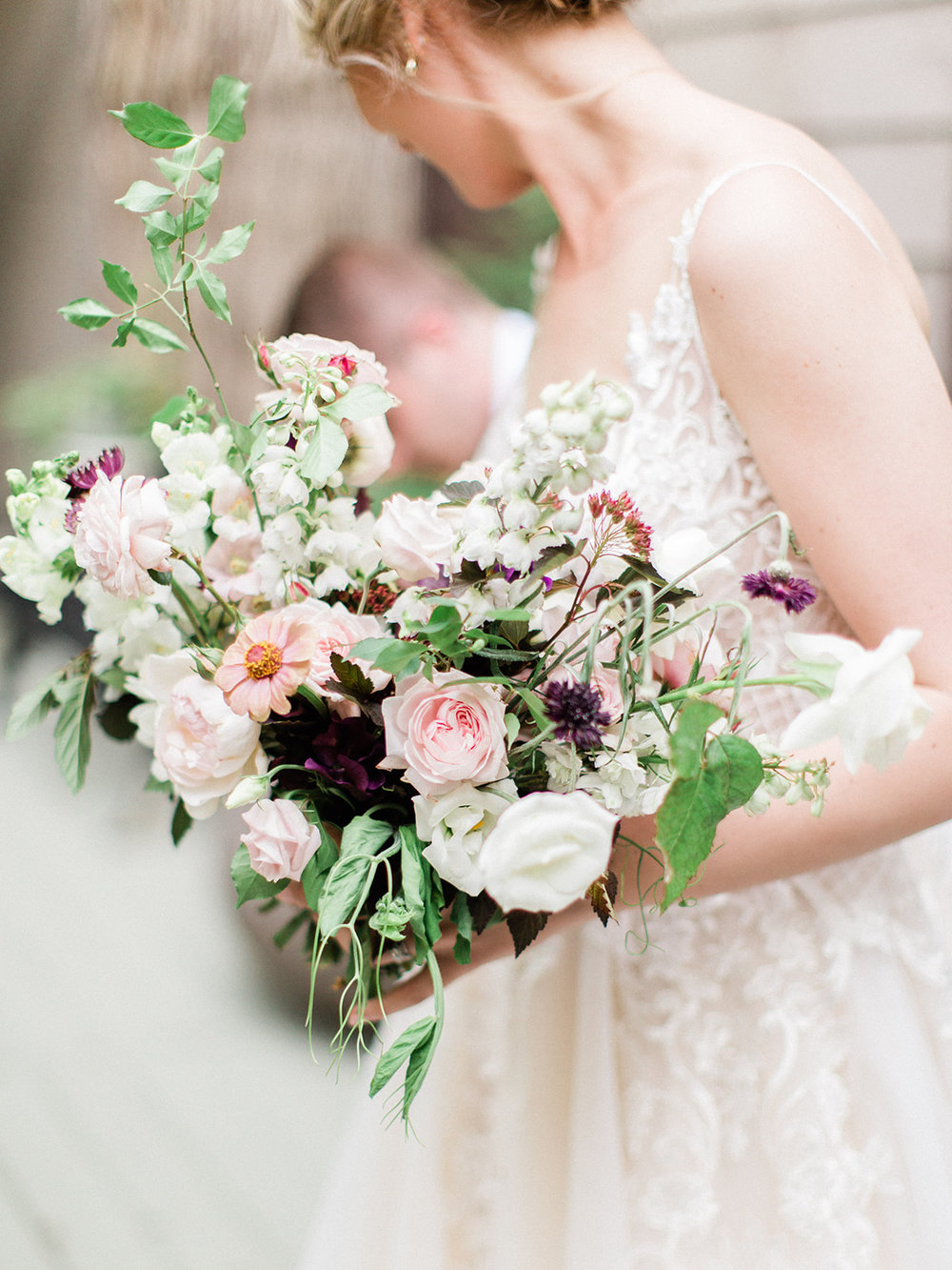 wild north flowers - We are a small, independent flower studio located in downtown Toronto using 100% Ontario-Grown flowers. Our design style is natural and elegant, with that
