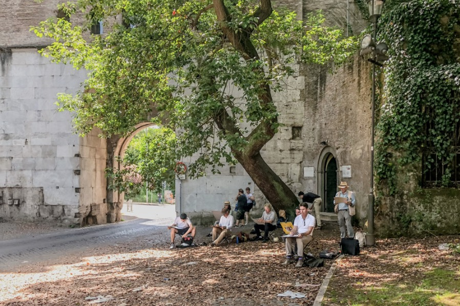 ICAA Rome Drawing Tour - sketching the Arch of Drusus along the via Appia