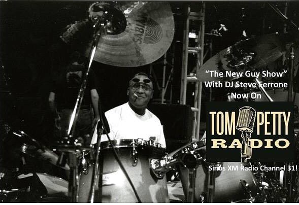 #radioalert 🔊🔊🔊 Tune into #SteveFerrone's #thenewguysshow @siriusxm on #tompettyradio today and all week to hear a #NEW #honeyriver #song #NobodyLikeMe featuring #steve ferry experience on #drums !!!!!! #show42 thankyou @steve_ferrone #msopr #joeysykes #songwriter #imissamerica #debutalbum #tompettyfans #madetobeplayed